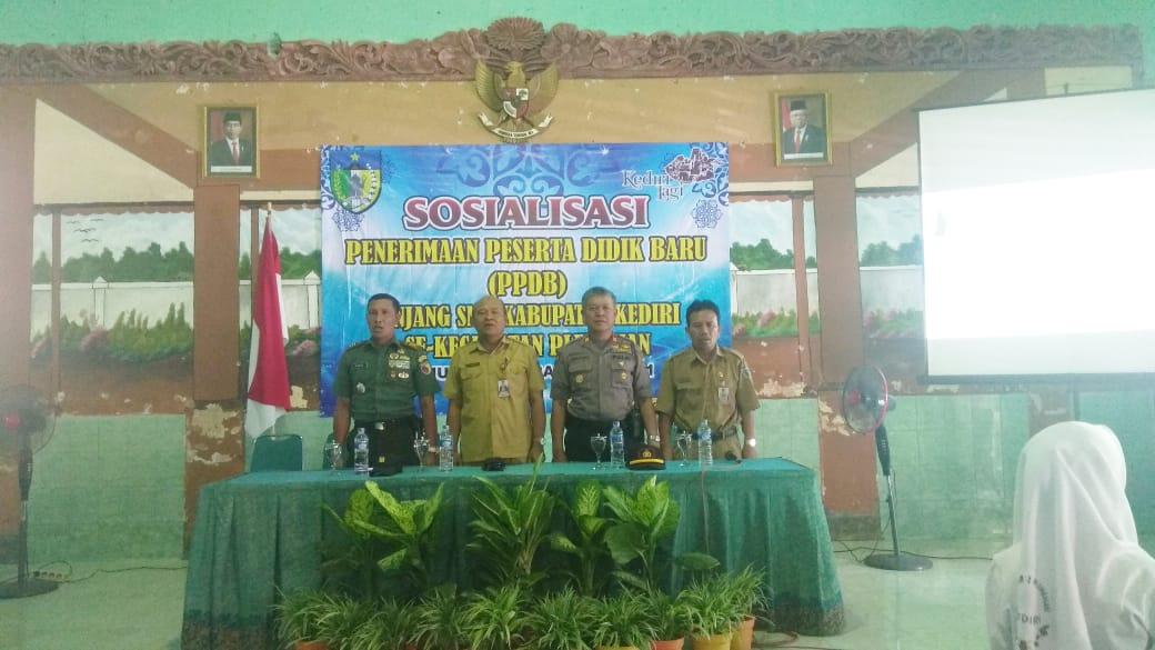 Kapolsek Plemahan Hadiri Sosialisasi Ppbd Jenjang Smp Kabupaten Kediri
